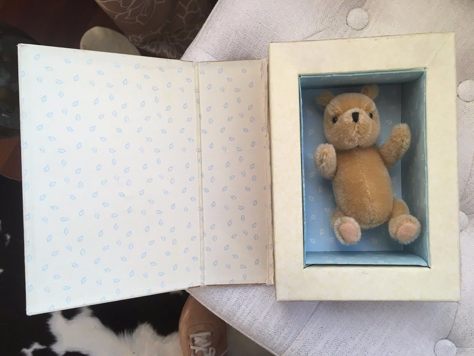 Gund - Winnie The Pooh - In Book Like Box - MOHAIR - Collectible  - $17.99