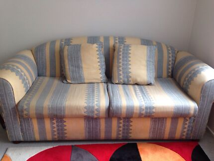 Freedom 2 & 3 seater couches Bulleen Manningham Area Preview
