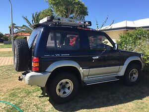 1994 SWB 3500 V6 24Valve DOHC Pajero 3 door wagon Waikiki Rockingham Area Preview