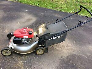 Honda Quad Cut lawnmower