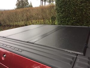 Extang Solid Fold Tonneau Cover for Ram 1500 with RamBox
