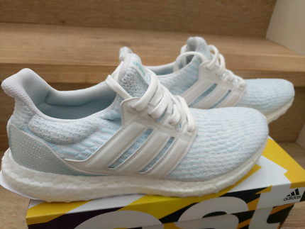 136e18d8499 adidas Ultra Boost 3.0 Parley Coral Bleaching US 10.5 DEADSTOCK