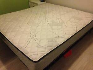 King size Mattress - Sleepmaker Urban Range - Excellent Condition Westmead Parramatta Area Preview