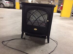 Black electric fireplace stove