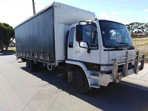Truck & Driver avaliable 10 pallet taught liner with tailgate