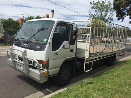 Isuzu truck flat tray