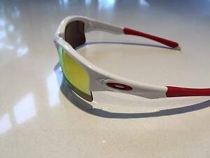 Oakley Quarter Jacket (Youth fit) Sunglasses - Cricket/Baseball Colonel Light Gardens Mitcham Area Preview