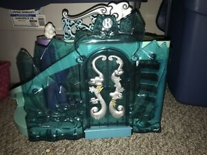 mini bratz snow house