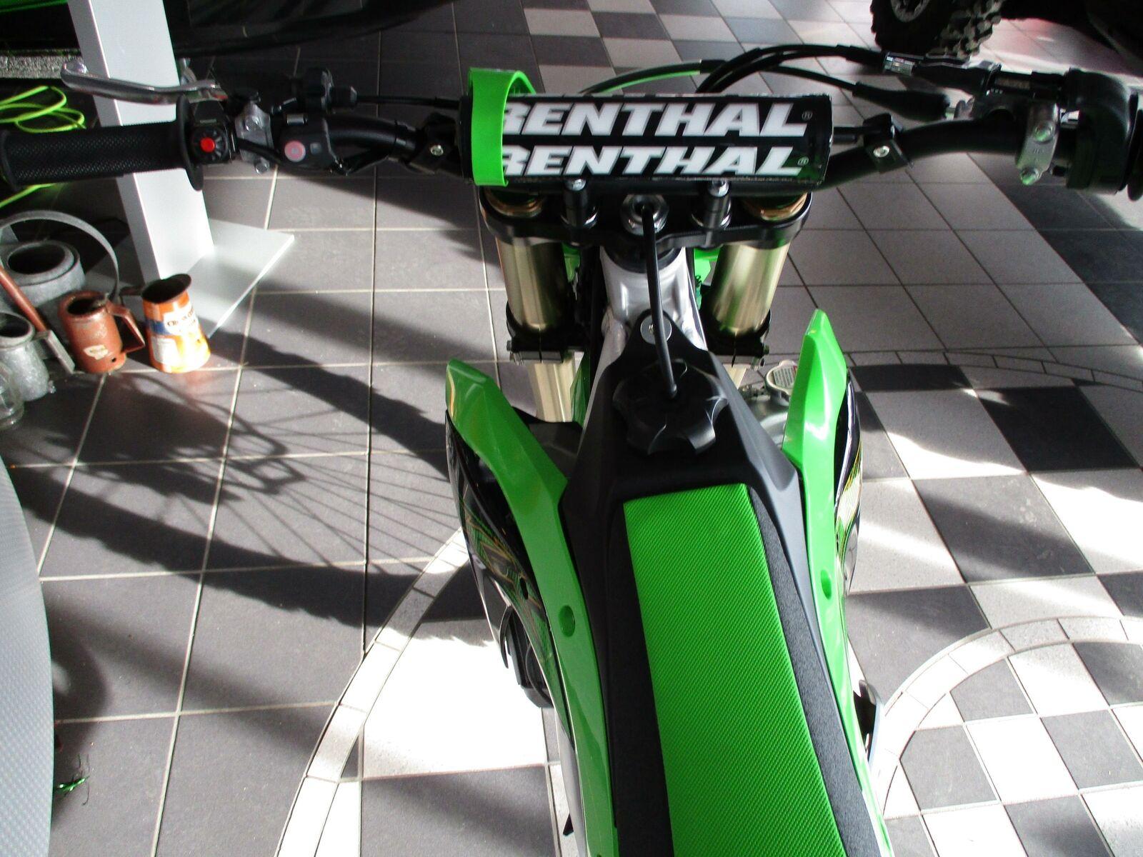Thumbnail Image of 2020 Kawasaki KX 250
