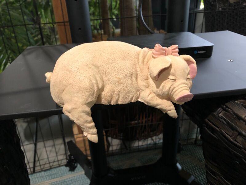 Pig Statue Shelf Hanger