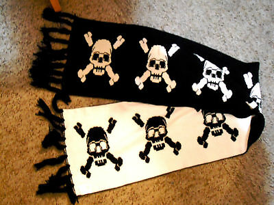 Brand New Black n White Two Sided Skull and Crossbones Scarf-HALLOWEEN