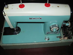 VINTAGE WHITE BRAND SEWING MACHINE WITH FOOT PEDAL