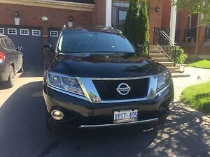 2015 Nissan Pathfinder SL Technology Package SUV, Crossover