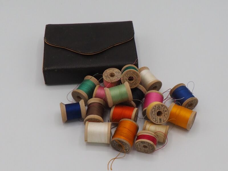 Belding Corticelli Vtg spools Cotton/Silk & leather Sewing Kit travel case /c