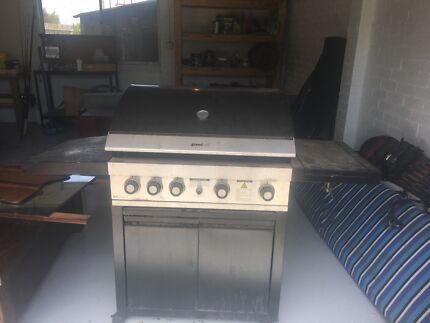 BBQ with gas cooker