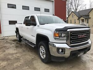 2017 GMC 2500HD SLE Crew Cab with Leather