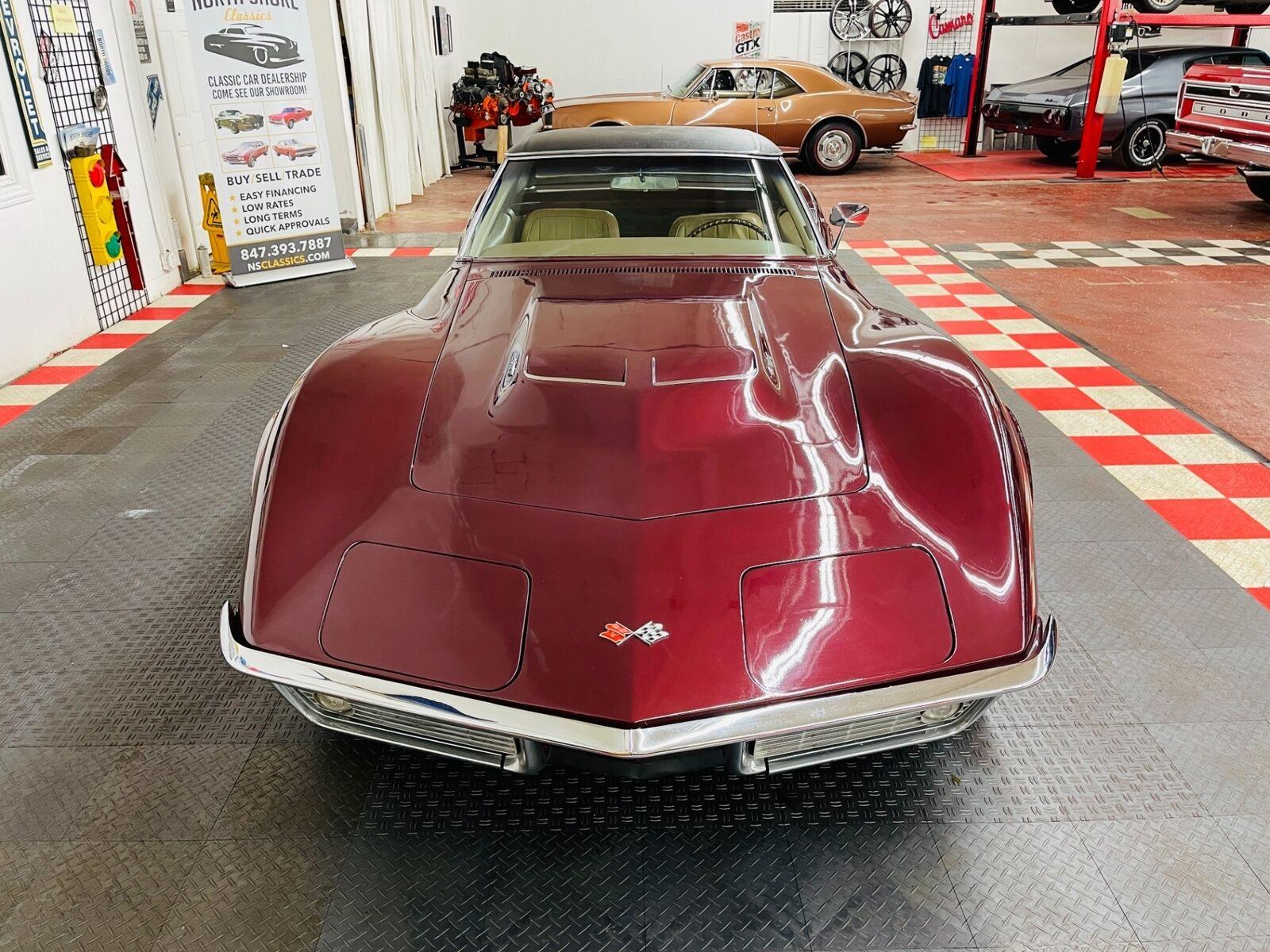 1968 Burgundy Chevrolet Corvette   | C3 Corvette Photo 5