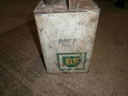 BP 1 GALLON MINERAL TURPS TIN MUST BE PRE 1975s AT LEAST???