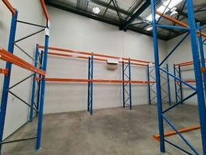 56 pallet beam and bay warehouse racking