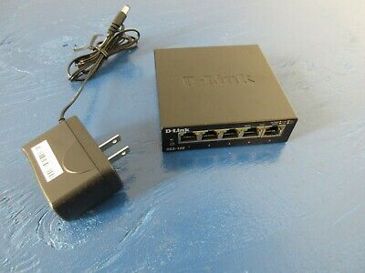 D-Link 5 Port Gigabit Metal Desktop Switch (DGS-105) Bundle Ac