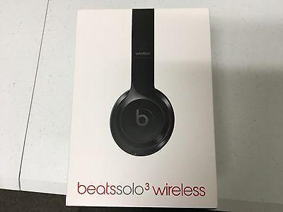 Beats By Dre Solo3 GLOSS BLACK  WIRELESS Manufacture refurbish (open box)
