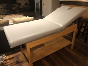 Table de massage avec dossier inclinable