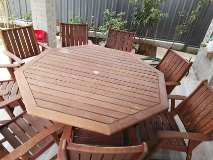 9 piece outdoor frontier timber setting