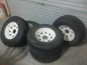 TOYOTA LAND CRUISER WHEELS AND TYRES X 5 Highton Geelong City Preview