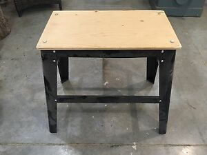 Tool benches / stands