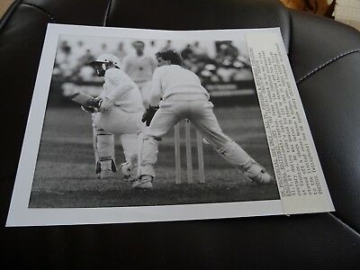 Original Press Photograph 1989 Somerset v Combined Universities Peter Roebuck
