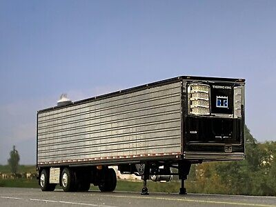 1/64 DCP CHROME/BLACK 53' UTILITY 3000R THERMO KING REEFER TRAILER