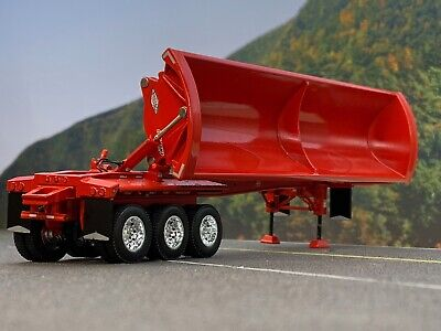 1/64 DCP RED SMITHCO TRI-AXLE SIDE DUMP TRAILER 1
