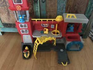 Rescue bots fire station