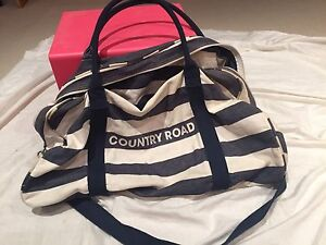 Country Road Bag tote Hillcrest Logan Area Preview