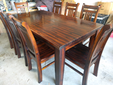 Dining suite 9pc setting solid wood