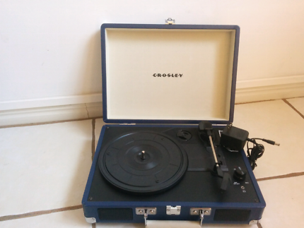 Crosley CR8005A-BL Cruiser 3 Speed portable turntable record play