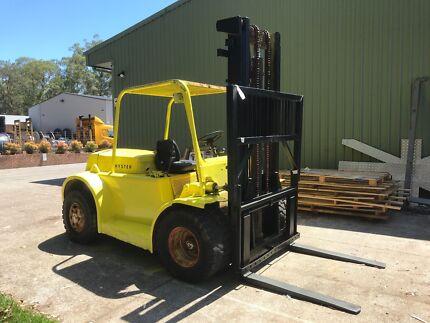 Heavy duty 6/7 tonne forklift
