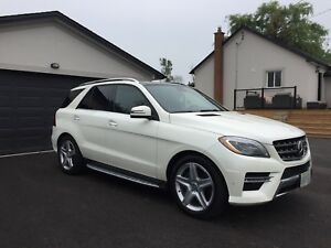 2013 Mercedes ML350 - LOADED!