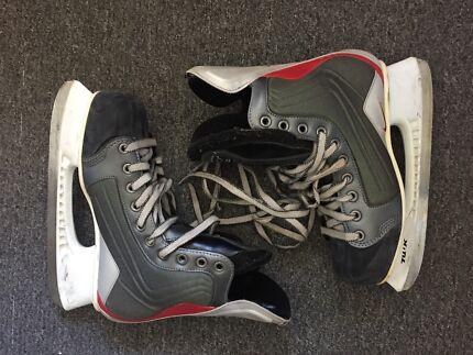 Nike Quest Ice Hockey Skates