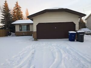 House in Lakewood Neighbourhood for Rent