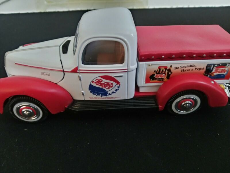 Golden Wheel Die Cast 1940 Ford Pepsi-Cola Delivery Pickup Truck Car New