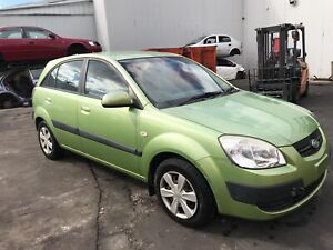 Wrecking Kia Rio JB 2006 , parts and panel for sell West Footscray Maribyrnong Area Preview
