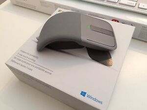 Arc Touch Microsoft Bluetooth Mouse