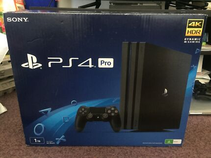 Ps4 pro 1 TB ( 4k HDR ) BRAND NEW