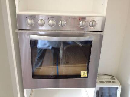 New Westinghouse stainless steel wall oven,cook top & ranghood Wallarah Wyong Area Preview