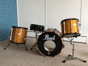 Drums: 4 piece shell pack with stands