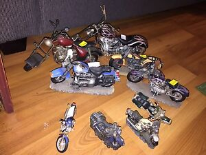 YOUR CHOICE - various kinds of motorcycle figurines