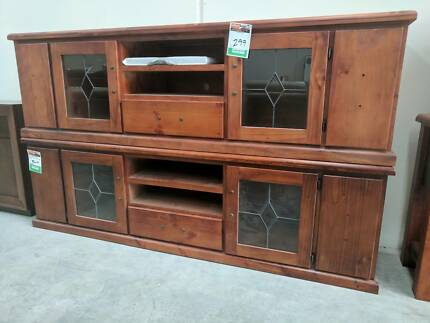 LARGE FACTORY 2ND TV UNIT - 80% OFF RRP