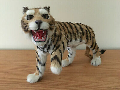 Vtg lifelike Animal figurine Cat Tiger realistic fur approx 12x7""