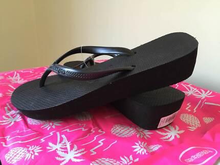 "Havaianas Ladies Size 39-40 Size 9 Black 1.5"" Wedge Thongs/Shoes Melbourne CBD Melbourne City Preview"